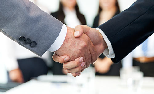 Es reichen sich zwei die Hände - Partner
